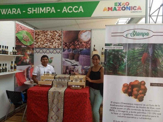empresa que usa frutos amazónicos para producir chocolate y licores apoyados por ACCA